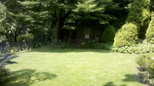 Domestic gardening services